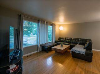 Photo 5: 104 Roselawn Bay in Winnipeg: North Kildonan Residential for sale (3F)  : MLS®# 202119908