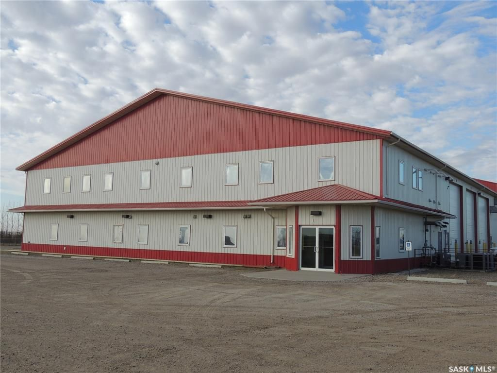 Main Photo: 100 Supreme Street in Estevan: Commercial for sale (Estevan Rm No. 5)  : MLS®# SK828588
