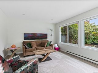 Photo 15: 1 650 W Hoylake Rd in : PQ Qualicum Beach Row/Townhouse for sale (Parksville/Qualicum)  : MLS®# 877709