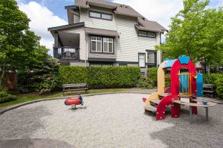 """Photo 20: 52 19448 68 Avenue in Surrey: Clayton Townhouse for sale in """"Nuovo"""" (Cloverdale)  : MLS®# R2274047"""