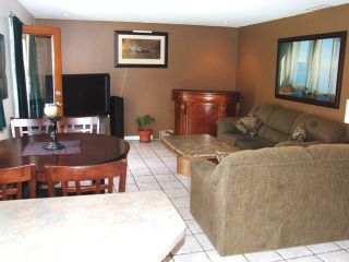 Photo 4: 2077 153 rd Street in South Surrey: Home for sale