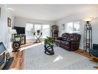 """Photo 5: 157 27111 0 Avenue in Langley: Aldergrove Langley Manufactured Home for sale in """"Pioneer Park"""" : MLS®# R2616701"""