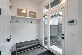 Photo 10: 102 Valour Circle SW in Calgary: Currie Barracks Detached for sale : MLS®# A1073935