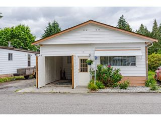 """Photo 2: 3 4426 232 Street in Langley: Salmon River Manufactured Home for sale in """"WESTFIELD COURT"""" : MLS®# R2479123"""