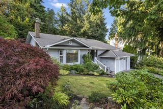 Photo 2: 1670 Barrett Dr in North Saanich: NS Dean Park House for sale : MLS®# 886499