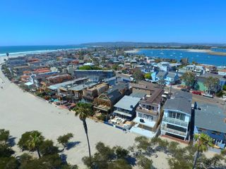 Photo 27: MISSION BEACH House for sale : 5 bedrooms : 2614 Strandway in San Diego