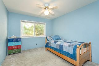 Photo 13: LA JOLLA House for sale : 3 bedrooms : 6809 Avenida Andorra