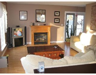 Photo 3: 1472 BUCHANAN AV in Prince_George: Fraserview House for sale (PG City West (Zone 71))  : MLS®# N188491