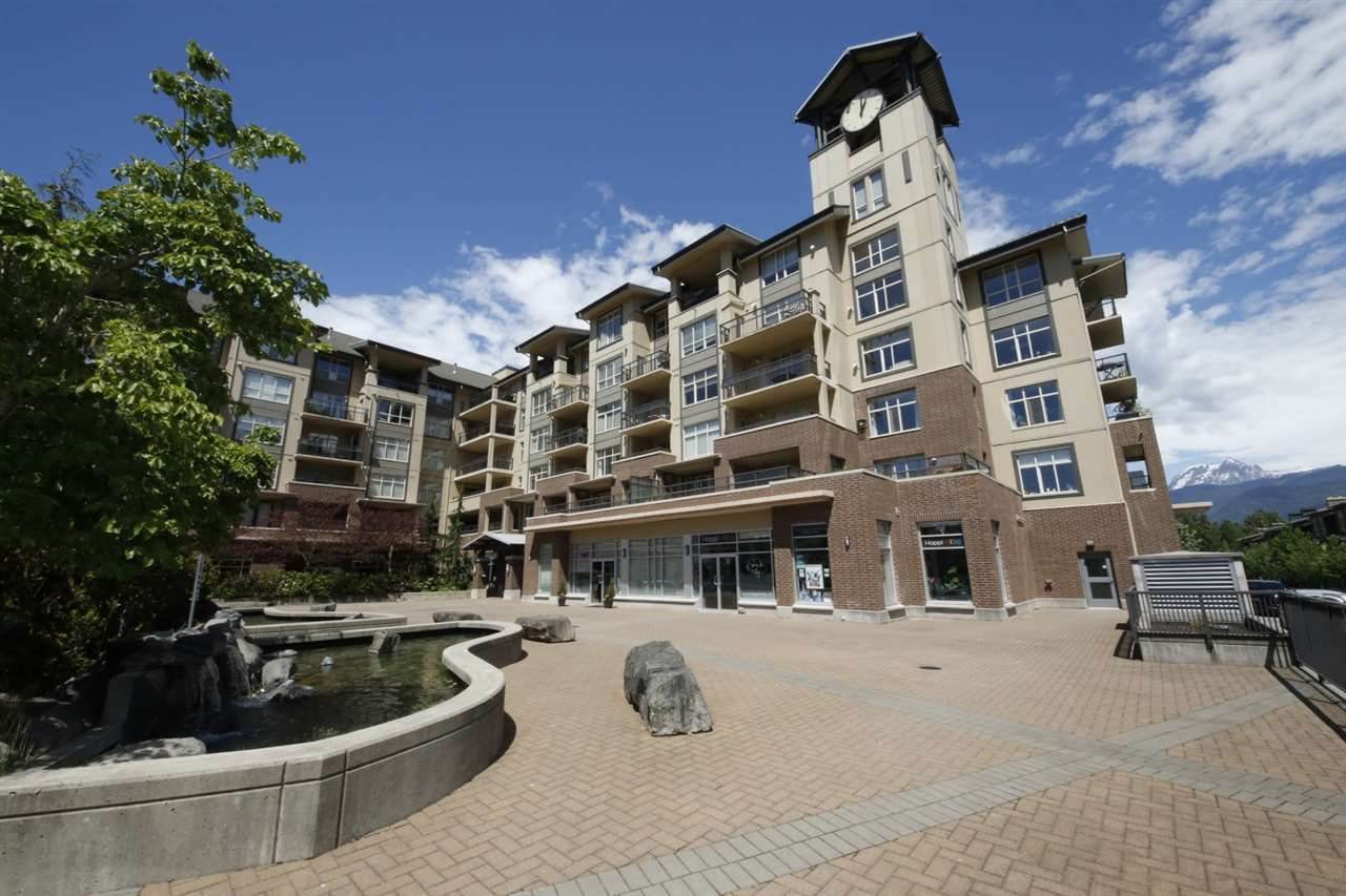 """Main Photo: 318 1211 VILLAGE GREEN Way in Squamish: Downtown SQ Condo for sale in """"ROCKCLIFF AT EAGLEWIND"""" : MLS®# R2372303"""