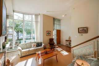 """Photo 11: 112 1228 MARINASIDE Crescent in Vancouver: Yaletown Townhouse for sale in """"CRESTMARK TWO"""" (Vancouver West)  : MLS®# R2609397"""