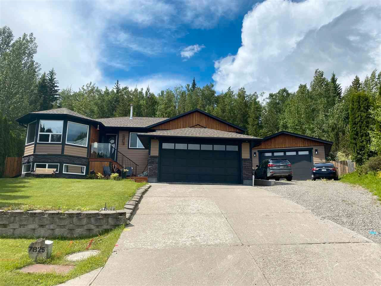 Main Photo: 7825 ST THOMAS Place in Prince George: St. Lawrence Heights House for sale (PG City South (Zone 74))  : MLS®# R2592140