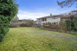 Photo 8: 151 CARISBROOKE Crescent in North Vancouver: Upper Lonsdale House for sale : MLS®# R2558225