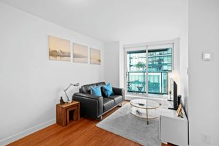 """Photo 10: 2308 777 RICHARDS Street in Vancouver: Downtown VW Condo for sale in """"TELUS GARDEN"""" (Vancouver West)  : MLS®# R2617805"""