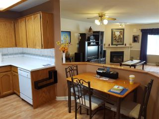 """Photo 6: 20 22128 DEWDNEY TRUNK Road in Maple Ridge: West Central Townhouse for sale in """"DEWDNEY PLACE"""" : MLS®# R2333259"""