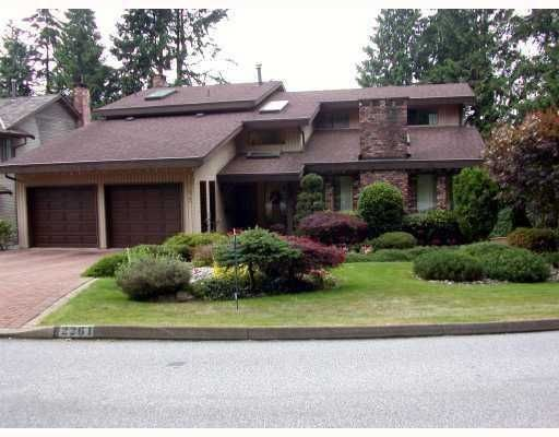 FEATURED LISTING: 2261 HILL Drive North Vancouver