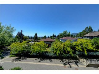 """Photo 14: 201 188 W 29TH Street in North Vancouver: Upper Lonsdale Condo for sale in """"VISTA 29"""" : MLS®# V1129015"""