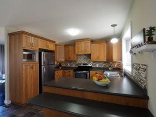 Photo 7: 274 Seneca Street in Portage la Prairie: House for sale : MLS®# 202106505