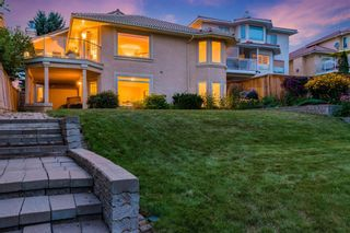 Photo 3: 217 Signature Way SW in Calgary: Signal Hill Detached for sale : MLS®# A1148692