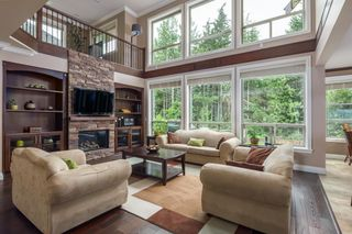 Photo 6: 1010 JAY Crescent in Squamish: Garibaldi Highlands House for sale : MLS®# R2618130