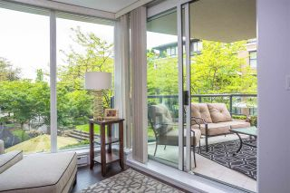 "Photo 18: 113 1483 W 7TH Avenue in Vancouver: Fairview VW Condo for sale in ""Verona of Portico"" (Vancouver West)  : MLS®# R2458283"
