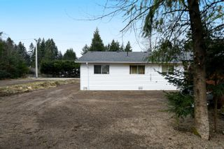 Photo 11: 2110 Lake Trail Rd in : CV Courtenay City Full Duplex for sale (Comox Valley)  : MLS®# 869253
