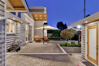 """Photo 9: 1291 PINEWOOD Crescent in North Vancouver: Norgate House for sale in """"Norgate"""" : MLS®# R2516776"""