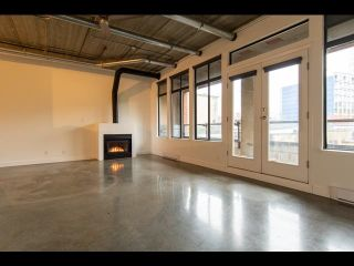 """Main Photo: 402 28 POWELL Street in Vancouver: Downtown VE Condo for sale in """"POWELL LANE"""" (Vancouver East)  : MLS®# R2626835"""