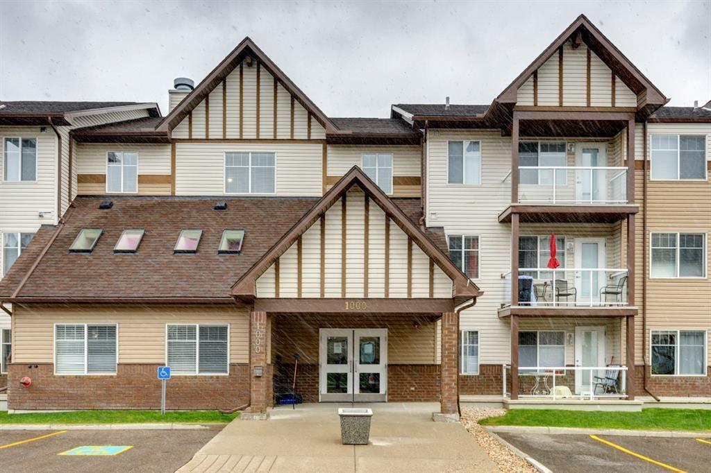 Main Photo: 1205 200 Community Way: Okotoks Apartment for sale : MLS®# A1107550