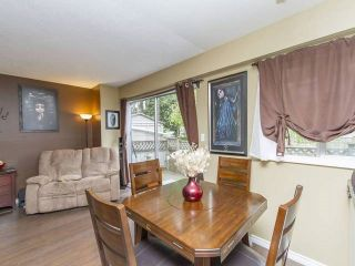 """Photo 4: 44 21555 DEWDNEY TRUNK Road in Maple Ridge: West Central Townhouse for sale in """"RICHMOND COURT"""" : MLS®# R2057470"""