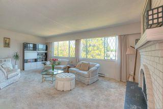 Photo 3: 4018 Hessington Pl in Saanich: SE Arbutus House for sale (Saanich East)  : MLS®# 881667