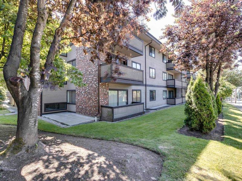 FEATURED LISTING: 308 - 535 BLUE MOUNTAIN Street Coquitlam