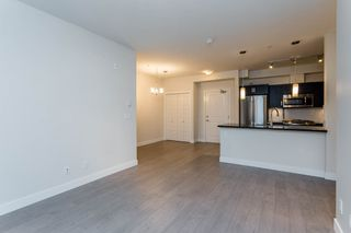 Photo 11: 202 20078 FRASER HIGHWAY in Langley: Langley City Condo for sale : MLS®# R2206059