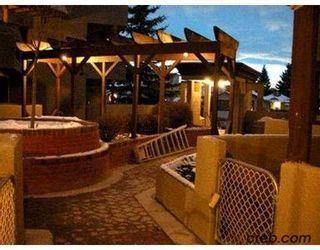 Photo 2:  in CALGARY: Renfrew Regal Terrace Condo for sale (Calgary)  : MLS®# C3103711