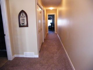 Photo 7: 1436 22 Avenue: Didsbury Row/Townhouse for sale : MLS®# C4271771
