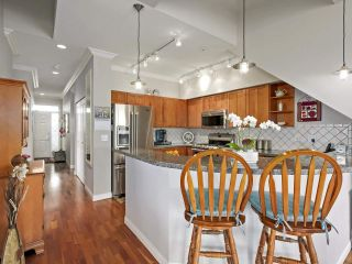 "Photo 7: 301 6263 RIVER Road in Delta: Neilsen Grove Condo for sale in ""RIVERHOUSE"" (Ladner)  : MLS®# R2383689"