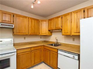 """Photo 2: 414 1385 DRAYCOTT Road in North Vancouver: Lynn Valley Condo for sale in """"BROOKWOOD NORTH"""" : MLS®# V860475"""