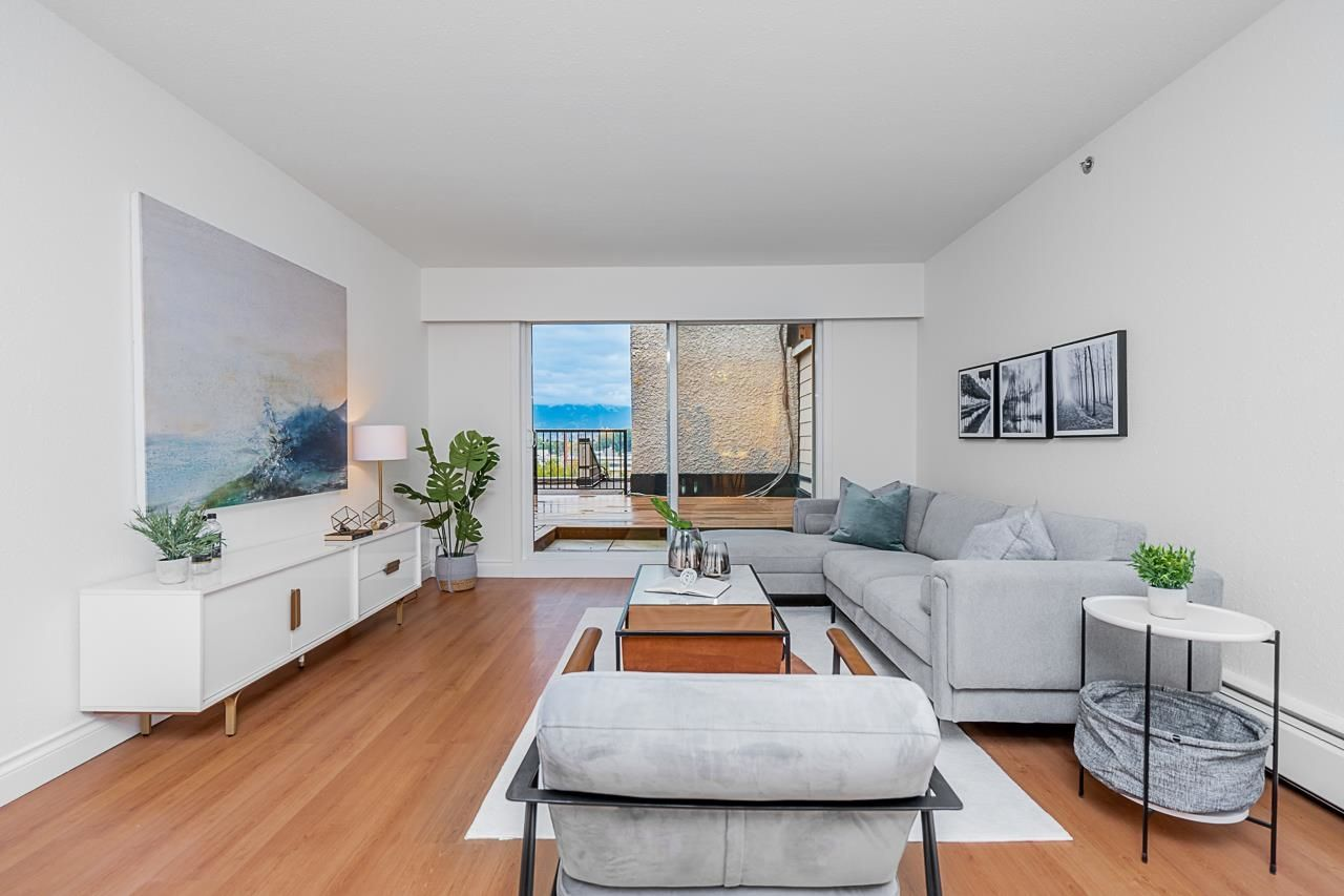 Main Photo: 905 774 GREAT NORTHERN WAY in Vancouver: Mount Pleasant VE Condo for sale (Vancouver East)  : MLS®# R2624413