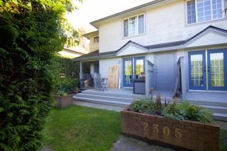 Photo 1: 1 2305 ST JOHNS Street in Port Moody: Port Moody Centre Townhouse for sale : MLS®# R2411727