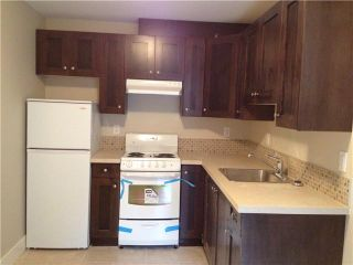 Photo 11: 252 E 10TH ST in North Vancouver: Central Lonsdale Condo for sale : MLS®# V1028207
