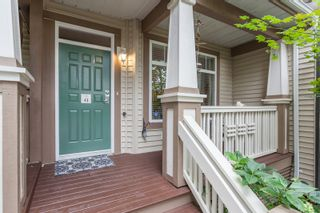 """Photo 1: 41 2678 KING GEORGE Boulevard in Surrey: King George Corridor Townhouse for sale in """"Mirada"""" (South Surrey White Rock)  : MLS®# R2203889"""