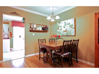 """Photo 4: 2 15432 16A Avenue in Surrey: King George Corridor Townhouse for sale in """"Carlton Court"""" (South Surrey White Rock)  : MLS®# F1449185"""