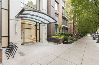 """Main Photo: 1605 1055 HOMER Street in Vancouver: Yaletown Condo for sale in """"DOMUS"""" (Vancouver West)  : MLS®# R2377638"""