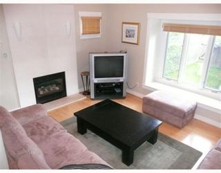 Photo 2: 837 W 19TH Avenue in Vancouver: Cambie 1/2 Duplex for sale (Vancouver West)  : MLS®# V766946
