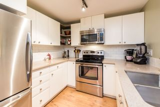 """Photo 13: 214 6833 VILLAGE GREEN Grove in Burnaby: Highgate Condo for sale in """"Carmel"""" (Burnaby South)  : MLS®# R2302531"""