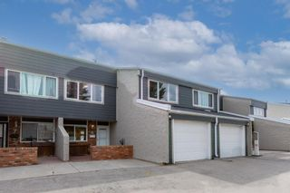 Main Photo: 8 228 Theodore Place NW in Calgary: Thorncliffe Row/Townhouse for sale : MLS®# A1103555