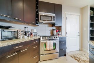 "Photo 4: 205 2970 KING GEORGE Boulevard in Surrey: King George Corridor Condo for sale in ""Watermark"" (South Surrey White Rock)  : MLS®# R2483941"