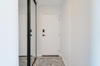 Photo 2: 806 9725 106 Street in Edmonton: Zone 12 Condo for sale : MLS®# E4253626