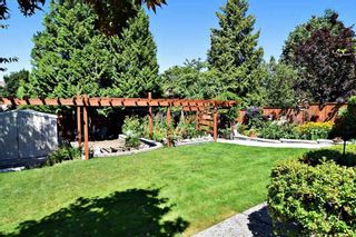 """Photo 20: 21547 87B Avenue in Langley: Walnut Grove House for sale in """"Forest Hills"""" : MLS®# R2101733"""