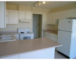 """Photo 5: 901 38 LEOPOLD Place in New_Westminster: Downtown NW Condo for sale in """"LEOPOLD PLACE"""" (New Westminster)  : MLS®# V741631"""