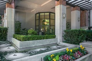 """Photo 19: 307 988 RICHARDS Street in Vancouver: Yaletown Condo for sale in """"TRIBECA"""" (Vancouver West)  : MLS®# R2202048"""